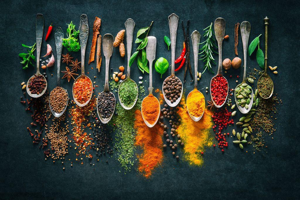 Come usare erbe e spezie