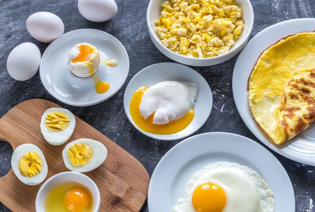 La cottura delle uova: in camicia, sode, alla coque, strapazzate e barzotte