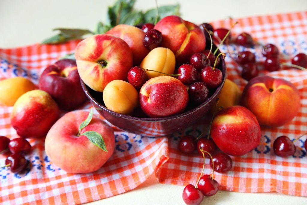 La spesa di luglio, la frutta e la verdura di stagione