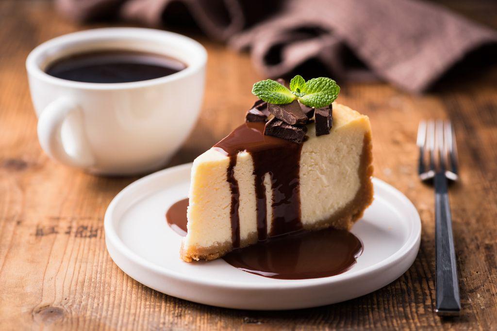 Come decorare una cheesecake con il cioccolato