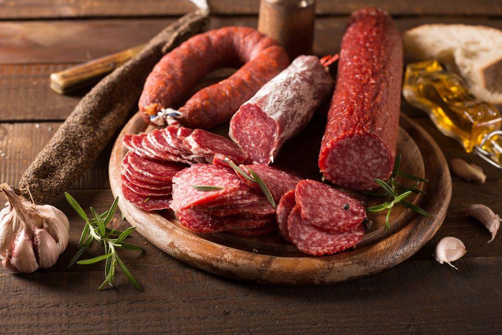 Salsiccia abruzzese appassita piccante ritirata dal mercato per presenza di Salmonella