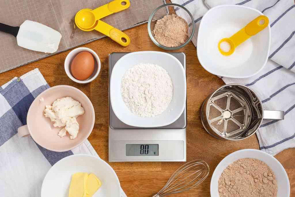 Come pesare gli alimenti senza la bilancia