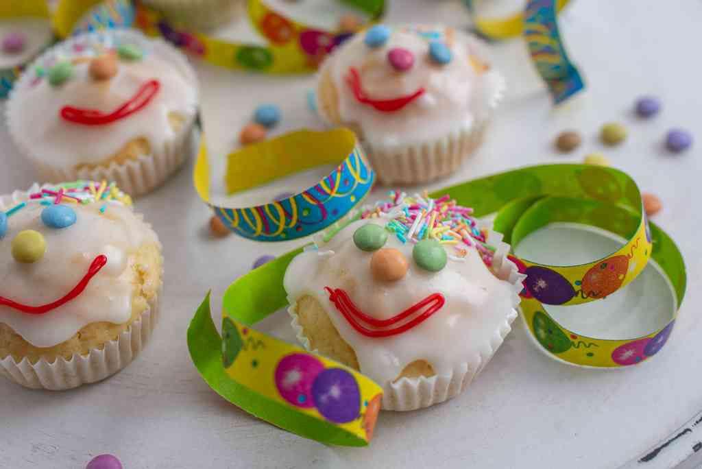 Dolci di Carnevale facili e veloci: i muffin clown
