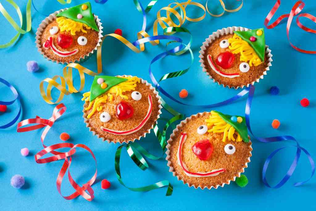 Le ricette di Carnevale da fare con i bambini: dai biscotti alle torte facili
