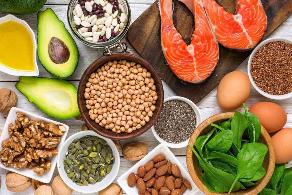 Cosa mangiare per abbassare il colesterolo