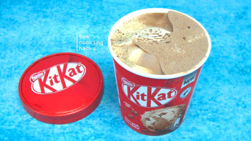 La prova assaggio del gelato KitKat Pot