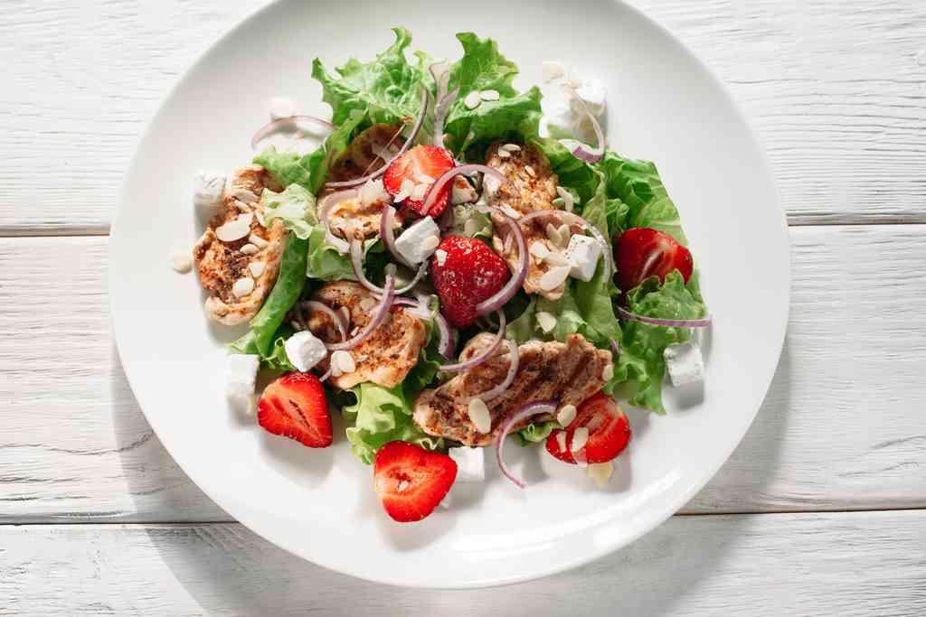 Le più appetitose ricette salate con le fragole